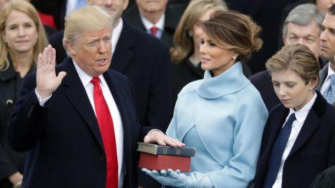 Tổng thống Donald Trump bày tỏ đức tin mình trong lễ tuyên thệ nhậm chức